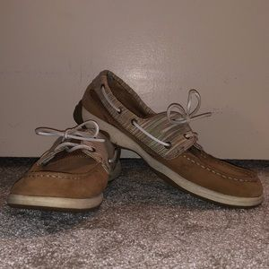 Woman's Sperry size 11